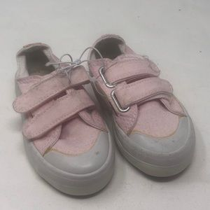 Basic edition kids sneakers sz 6